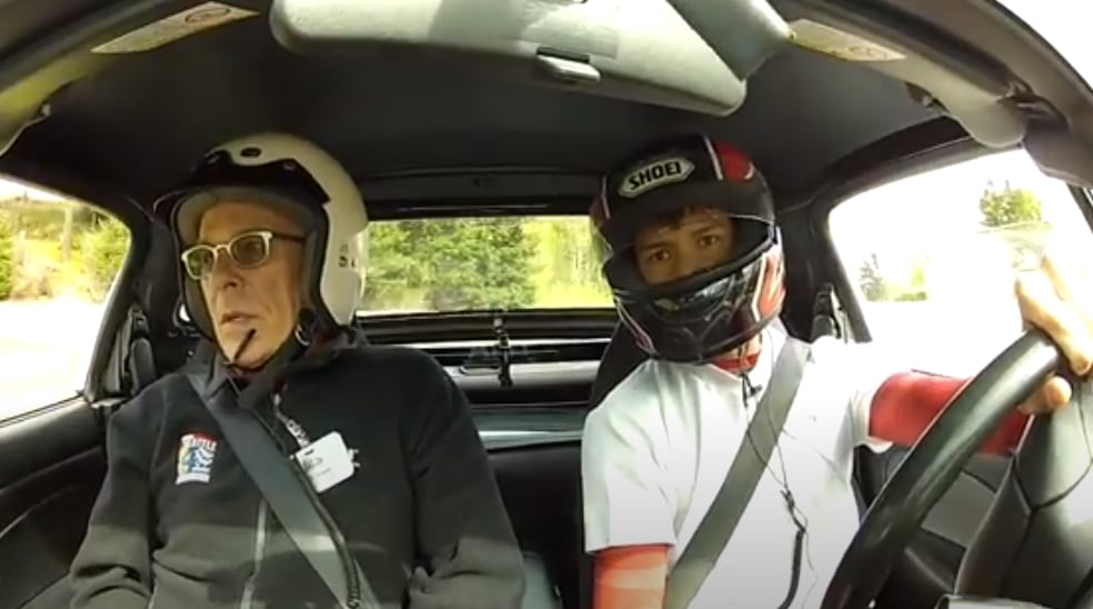 instructor helping student become a safer driver